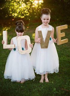 Flower Girls disregard the updos and the child bride dresses. Flower Girls, Flower Girl Photos, Flower Girl Dresses, Cute Wedding Ideas, Wedding Styles, Wedding Photos, Wedding Inspiration, Our Wedding, Dream Wedding