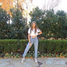 DIY high waisted pants, high waist jeans outfits jeans high waisted, high waisted outfits high waist outfit jeans, high waisted mom jeans high waisted jeans outfit casual, high waisted skinny jeans outfit High Wasted Jeans, High Waisted Mom Jeans, Jean Outfits, Casual Outfits, Outfit Jeans, Skinny Jeans, Pants, Diy, Fashion