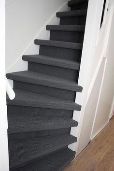 Open Trap, Trap Decor, Stairs, Design, Home Decor, Toilet, Black Stairs, Balcony, Flush Toilet