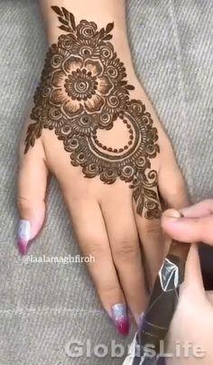Pretty Henna Designs, Modern Henna Designs, Floral Henna Designs, Henna Tattoo Designs Simple, Arabic Henna Designs, Latest Bridal Mehndi Designs, Full Hand Mehndi Designs, Mehndi Designs For Beginners, Mehndi Design Photos