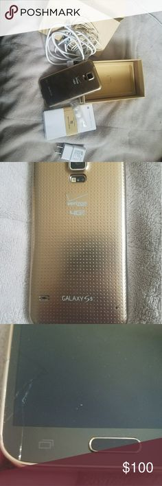 Samsung S5 phone Samsung S5 phone. Small crack on screen as seen in picture. Samsung Accessories Phone Cases