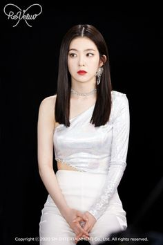 Seulgi, Red Velvet Irene, Stage Outfits, Asian Beauty, Kpop Girls, Thing 1, Gamine Style, Soft Gamine, Idol