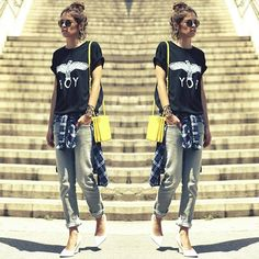 #stealthelook #look #looks #streetstyle #streetchic #moda #fashion #style #estilo #inspiration #inspired #notaboy #boylondon #camiseta #bolsa #amarela #scarpin #branco