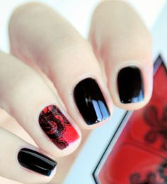 Lace accent nail .. I want to do this!!