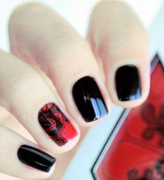 Lace accent nails