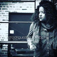 #urbanportrait #johannynavarro #portraitphotography #blackandwhite #obeddiazrodriguezphotography #virginiaphotographer #dcstreets