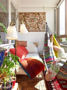 Boho Chic Balcony Inviting Rich Color with Cozy Colorful Hammock and White Daybed Complete with Red Cushions and Blanket Indoor Hammock, Hammock Balcony, Indoor Balcony, Indoor Swing, Apartment Balconies, Small Apartments, Home Decor Inspiration, Decor Ideas, Decorating Ideas