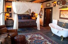 See inside #Disneyland Hotel Signature Suites. #Disneyland Hotel Adventureland Suite