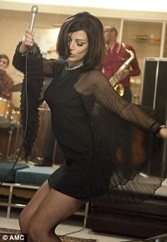"""Megan Drapen (Jessica Pare) created an unforgettable moment in one of TV's greatest shows when she sang """"Zou Bisou Bisou"""" in the season 5 premiere of Mad Men. Men Fashion Photo, Mad Men Fashion, 1960s Fashion, Look Fashion, Vintage Fashion, Gothic Fashion, Film Fashion, Fashion Wear, Fashion Brands"""