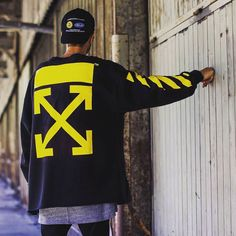 Looking good even from behind #streetwearfashion