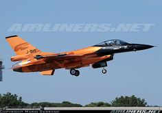 Netherlands - Air Force - General Dynamics (Fokker) F-16AM Fighting Falcon (401) aircraft picture