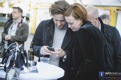 """Bilder von der Eröffnung Designmonat 2016 – #Designhalle Graz  Es ist nie zu spät für gute Bilder! :)  """"(BE)GREIFBAR MACHEN"""" ist das Motto des #Designmonat 2016, veranstaltet bereits zum achten Mal von den Creative Industries Styria ( #CIS ) – und das kann man durchaus wörtlich nehmen, denn mit insgesamt 103 Programmpunkten wird #Design in all seinen Facetten im Mai präsent sein in Graz…"""