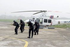 Photos: Rebranded Lagos state RRS pictured taking helicopter lessons with deflated tires lol!!