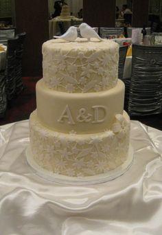 our wedding cake <3