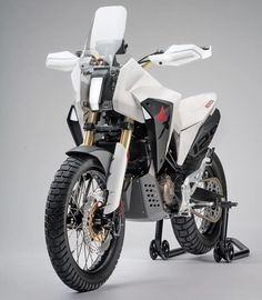 Honda's Concept Bike One Step Closer to Production? Honda Bikes, New Honda, Motorcycle Design, Bike Design, Trail Motorcycle, Tw 125, Moto Enduro, Scrambler, Enduro Vintage