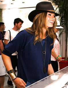 Stana Katic #girlcrush She is amazing and I love this sweater and hat combo!!!