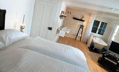 Boutique-hotel Schlussel, Beckenried, Central Switzerland Hotel Interiors, Boutique, Best Hotels, Switzerland, Nice, Bed, Room, Furniture, Home Decor