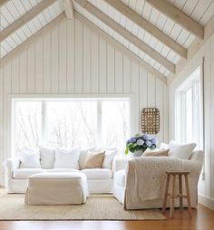 Farmhouse living room design ideas living room farmhouse with exposed beams rough hewn wood Decor, Family Room Design, House Styles, Kitchens And Bedrooms, Family Room, Coastal Living Rooms, Home Decor, Room, Room Design