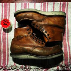 #redwingshoes #875 #indigo #faded #boots #redwing Red Wing Heritage Boots, Red Wing Boots, White Boots, Red Wing 875, Red Wing Moc Toe, Wing Shoes, Men's Shoes, Rugged Style, Man Style