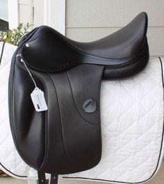 Amerigo Vega Monoflap Dressage Saddle Medium Narrow 17