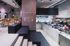 Kocka Bar Budapest by Minusplus Studio
