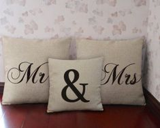 personalized pillow gift for home wedding por CreativePillow