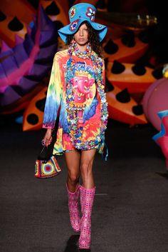 Moschino Spring 2017 Menswear Fashion Show - Alice Metza
