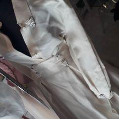 #wow #solocosebelle  #spazioliberodresses Duster Coat, Jackets, Fashion, Down Jackets, Moda, Fashion Styles, Jacket, Fashion Illustrations, Suit Jackets