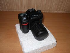 Step by step 3D camera cake tutorial