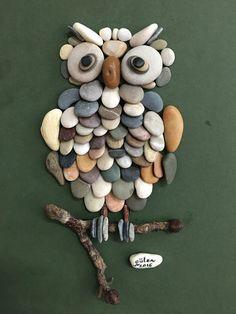 Coruja de pedras