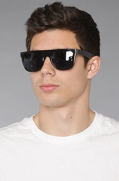 SUPER Flat top, offcourse I alreadygot me a pair in Black