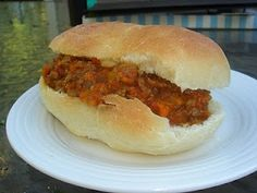 Living the Good Life.: Tomato Free Sloppy Joes and Homemade Buns Replace braggs with coconut aminos. Nightshade Free Recipes, Real Food Recipes, Cooking Recipes, Homemade Buns, Gluten Free Dinner, Food Allergies, Soup And Salad, Hot Dog Buns, Finger Foods