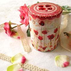 Tea Caddy  Poppies by Minasmoke on Etsy, $18,60