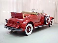 1929 Chrysler Imperial Roadster. I want one of these!