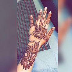 Henna Design By Fatima Khafif Mehndi Design, Latest Arabic Mehndi Designs, Floral Henna Designs, Indian Henna Designs, Finger Henna Designs, Mehndi Designs For Girls, Arabic Henna Designs, Mehndi Designs 2018, Dulhan Mehndi Designs