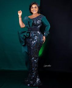 Mercy Aigbe- Looking Ready To Party Aso Ebi Lace Styles, Lace Gown Styles, Ankara Gown Styles, African Prom Dresses, African Fashion Dresses, African Dress, African Style, Straight Dress, Gowns Of Elegance