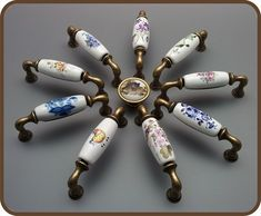 Porcelánové úchytky s dekoracemi Measuring Spoons, Retro, Vintage, Design, Vintage Comics, Retro Illustration, Measuring Cups, Primitive