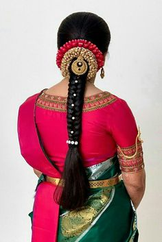 Indian Hairstyles For Saree, South Indian Wedding Hairstyles, Bridal Hairstyle Indian Wedding, Saree Hairstyles, Bridal Hair Buns, Bridal Hairdo, Braided Hairstyles For Wedding, Bride Hairstyles, Bridal Hairstyle For Reception