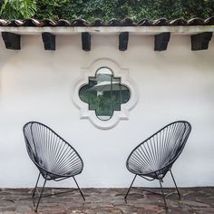 Las Casas B+B is located in the historic center of Cuernavaca, one block from the Main Square and Cortés Palace. Minimalist Décor, Colonial Architecture, Shades Of White, B & B, Bed And Breakfast, Mexico, Rooms, Pocket, Boutique