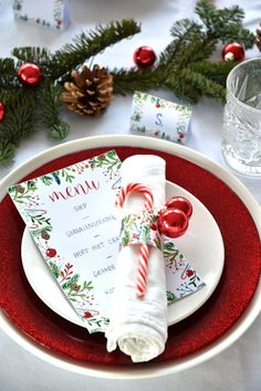 Free printables for the Christmas dinner. Menu cards, name cards and napkin rings : Free printables for the Christmas dinner. Menu cards, name cards and napkin rings . Christmas Table Settings, Christmas Tablescapes, Christmas Table Decorations, Thanksgiving Centerpieces, Holiday Tables, Thanksgiving Table, Free Printables Christmas, Christmas Dinner Menu, Christmas Parties