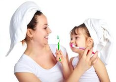 Meu filho não gosta de escovar os dentes. O que devo fazer?