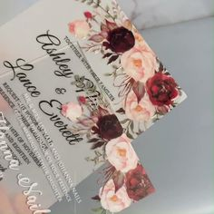 eleganr and unique floral wedding ideas #wedding #weddinginvitations#stylishwedd #stylishweddinvitations #vellumweddinginvitations