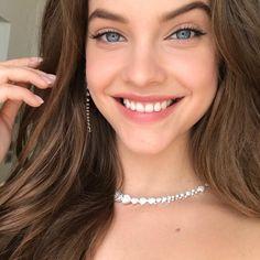 "– @charlottewillermakeup в Instagram: ""@realbarbarapalvin #bts #just before the #cannes2017❤️ redcarpet #love #makeup…"""