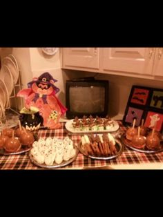 House of Gall-Halloween treats at Gall Manor!