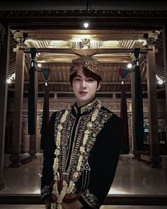 Cringy Jinniy💀 on TikTok Foto Bts, Bts Photo, Fandom Kpop, Bts Birthdays, Bts Face, Kim Jin, Worldwide Handsome, Bts Edits, Bts Boys