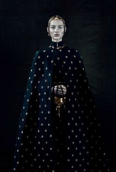 — Maartje Verhoef wears Valentino Haute Couture Fall...