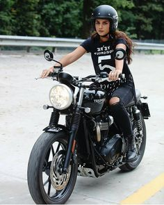 "SAINT MOTORS Co.™ ♠♣ 19⚡13 (@saint_motors) no Instagram: "" by @federica_tazzi #triumph #custom #bike #ride #girl #beauty #caferacer"""