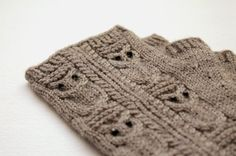Knitted wool mittens with 4 owls on each hand. Eyes made of beads.  Dense enough to keep your hands warm.    Material: high quality wool blend  Full