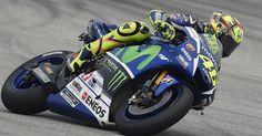 MotoGP, Sepang 2015. Rossi: Buon inizio: passo simile a Lorenzo