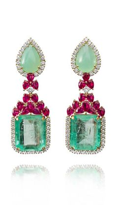 Emerald Earrings Farah Khan gold earrings featuring diamonds rubies chrysoprase and emeralds Step into a new season Emerald Necklace, Emerald Earrings, Drop Earrings, Bridal Earrings, Ruby Jewelry, Diamond Jewelry, Fine Jewelry, Jewelry Box, Jewelry Accessories
